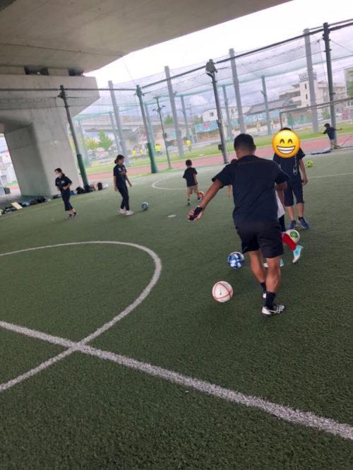 サッカードリブル練習