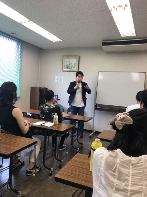 「世界一明るい視覚障害者」成澤俊輔さん