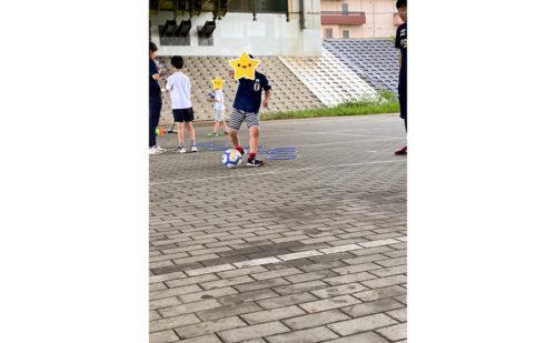 サッカーのシュート練習
