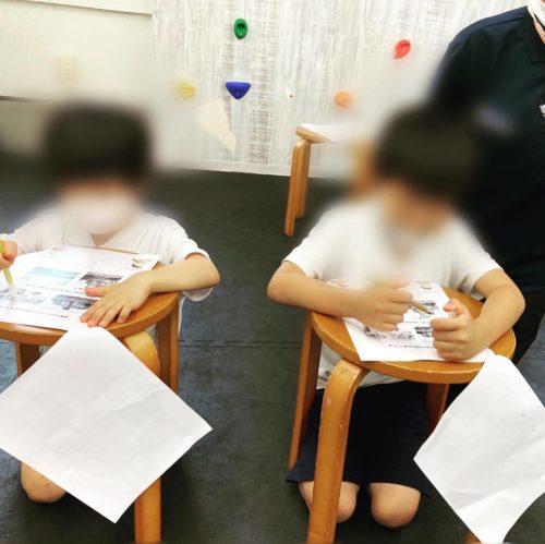 原爆投下された広島の人たちの気持ちを考える子どもたち