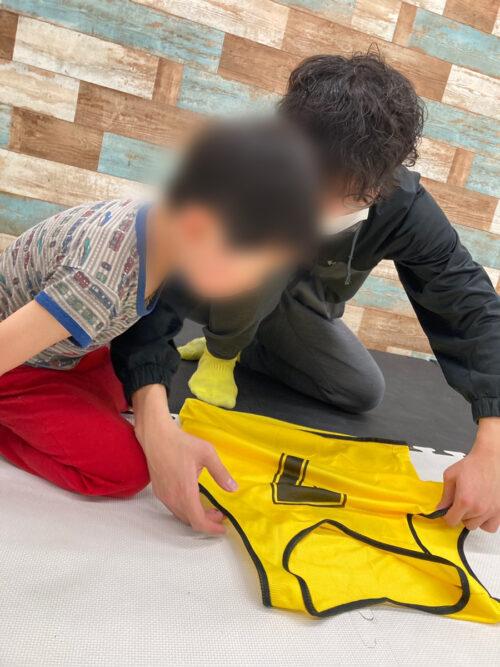 服の畳み方練習
